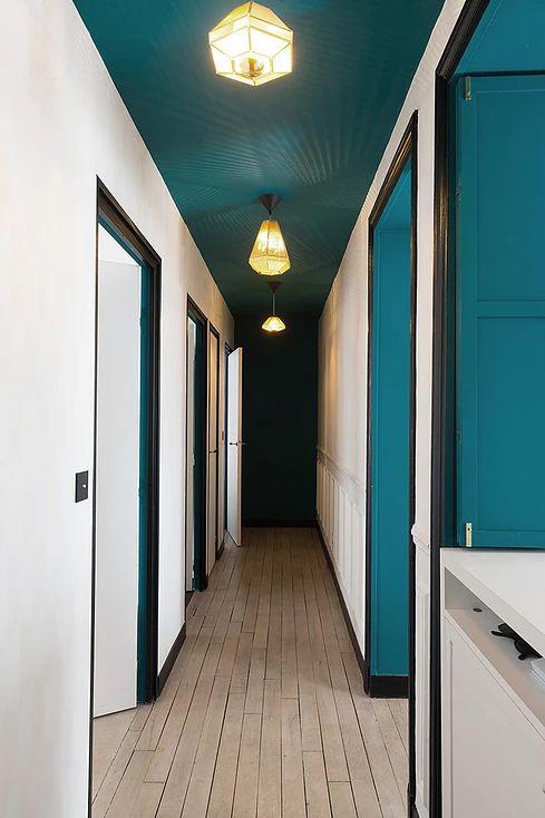come valorizzare un anonimo corridoio made with home. Black Bedroom Furniture Sets. Home Design Ideas