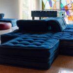 La posizione perfetta del tuo divano è al centro della stanza? Dai un'occhiata a questi divani bifacciali che potrebbero fare al caso tuo!